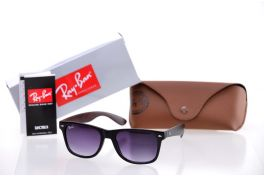 Солнцезащитные очки, Ray Ban Wayfarer 2140c4